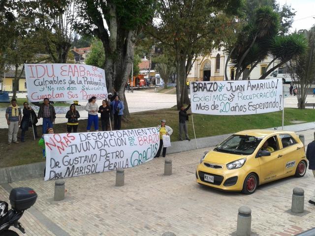 Protesta Alcaldia Local_2