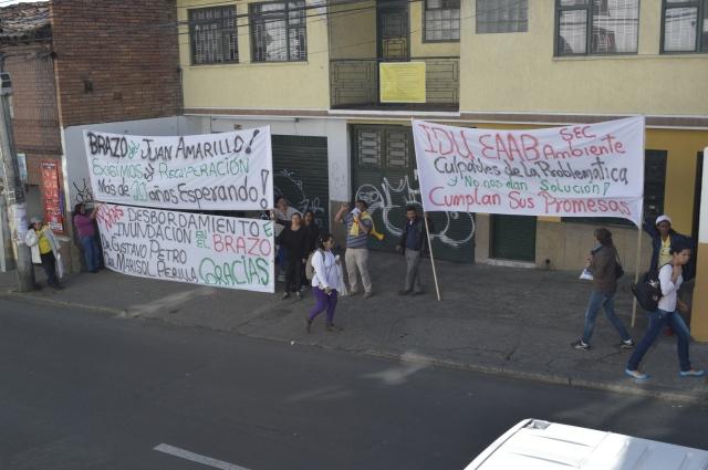 Protesta Alcaldia Local_3
